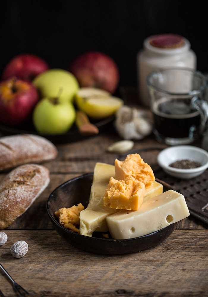 Cheddar and stout fondue | Drizzle and Dip