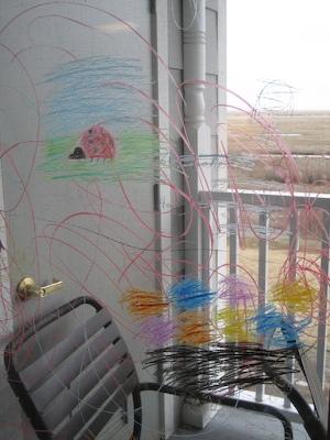 Farvekridt på vindue