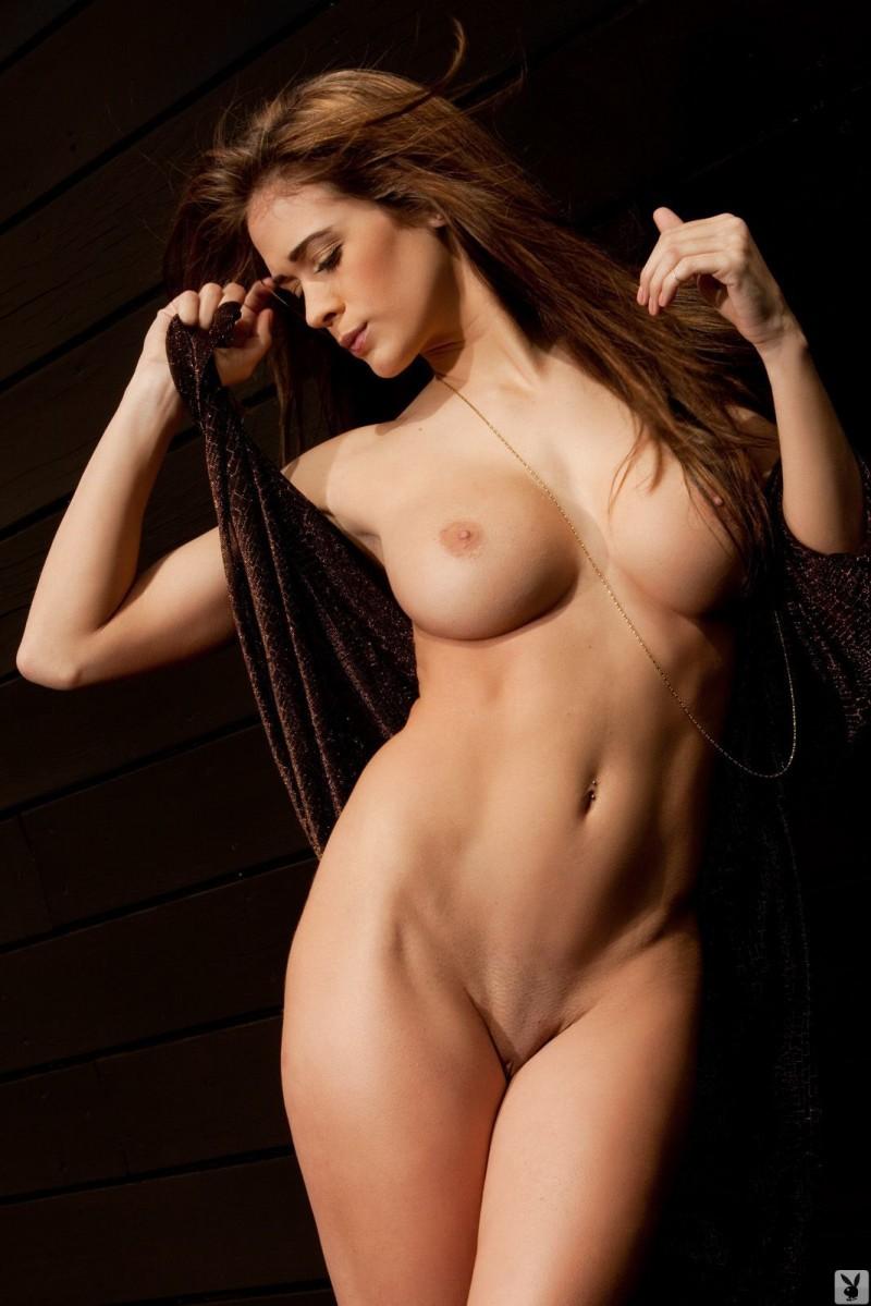 naked black haired emo girls