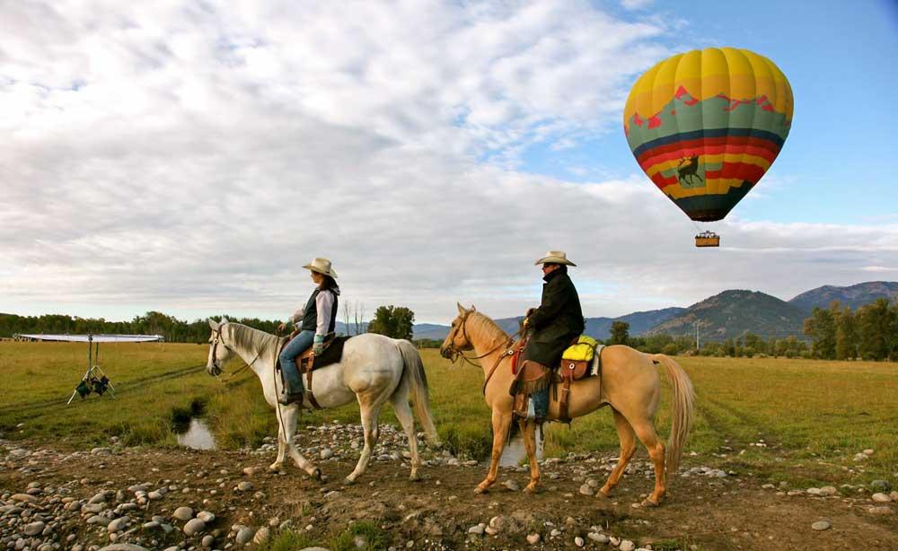 horses-balloon-rachel