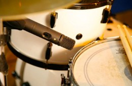 082412-snare-mikes