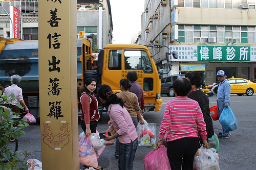 photo credit: The garbage truck arrives! via photopin (license)