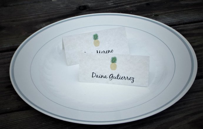 25 Personalized Pineapple Tent Style Place by Tidbitdesigns on Zibbet