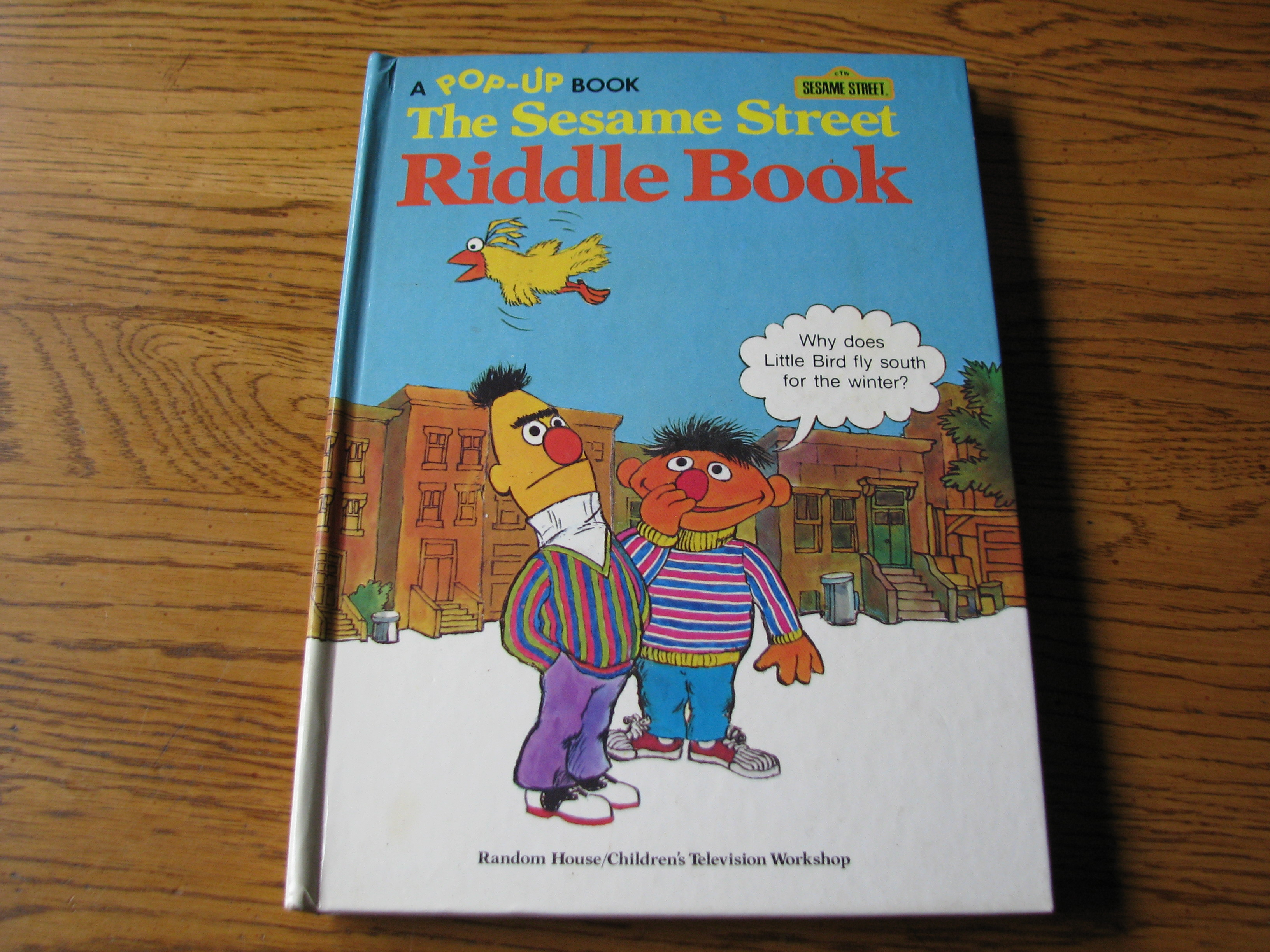 Pop Up Book Cover A Rare Vintage 1977 Pop Up Book The Sesame Street Riddle Book Random House Children S Television Workshop