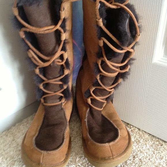 Moccasin Style Ugg Boots Poshmark