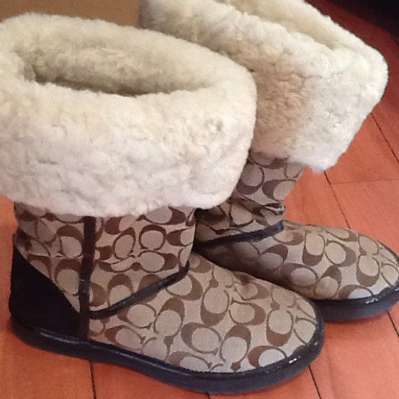 40 Off Coach Boots Coach Ugg Style Boots From Cynthia39s