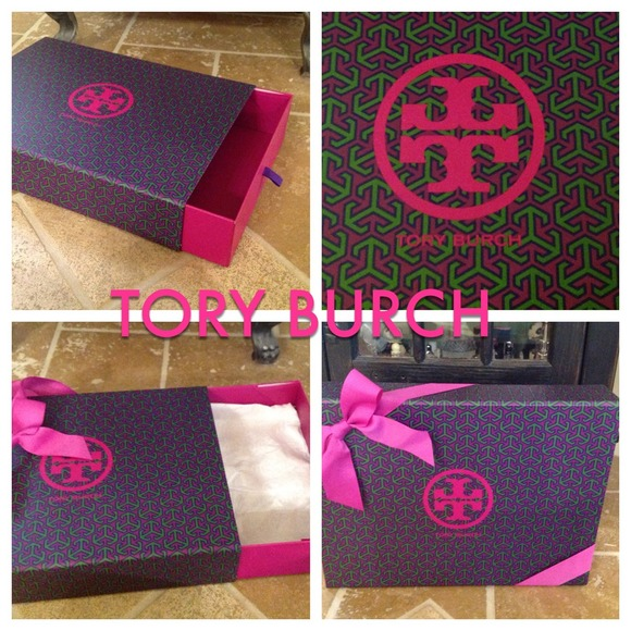 Tory Burch Tory Burch Gift Box With Ribbon From Holly39s