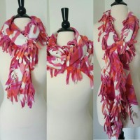 Old Navy - Old Navy Scarf! from Leticia's closet on Poshmark
