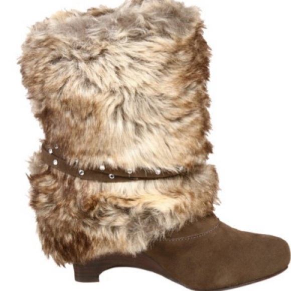 80 Off Naughty Monkey Shoes Brown Boots With Fur From