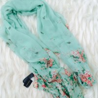 Forever 21 - FOREVER 21 Scarf from Sheila's closet on Poshmark