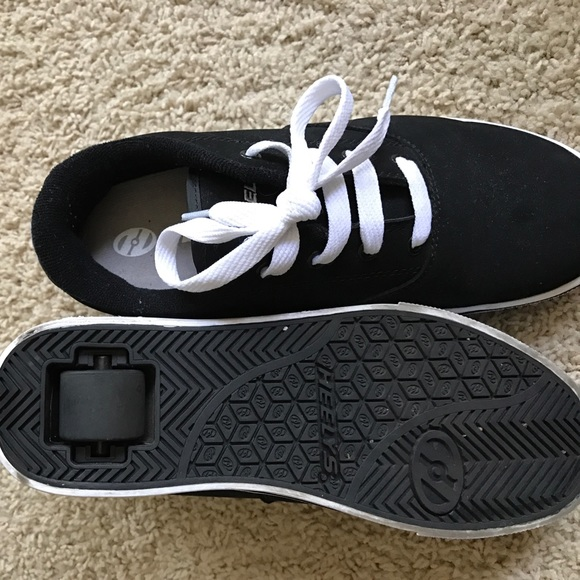 Heelys Shoes Black And White Suede Youth Size 6 Poshmark