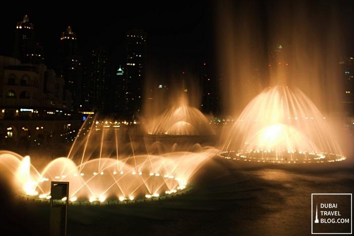 burj khalifa water fountain