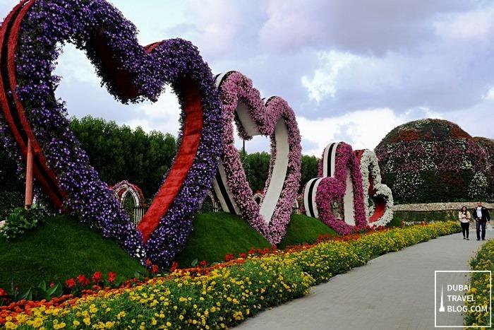 miracle garden in dubai land