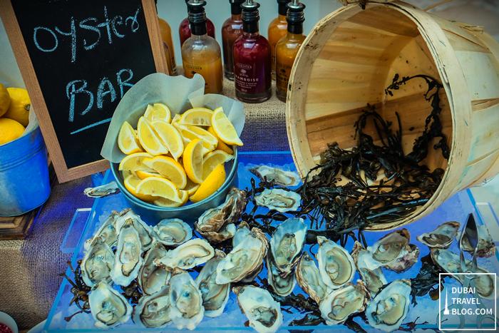 oyster bar movenpick bur dubai