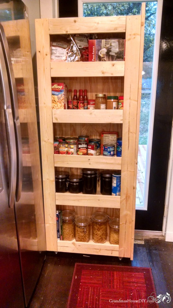 DIY instructions for building a rolling pantry