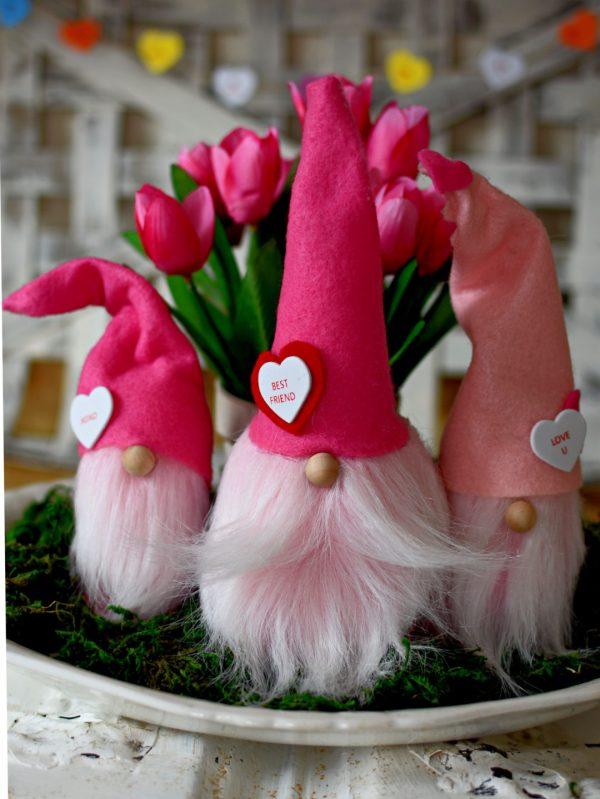 DIY Valentines Day Gnomes