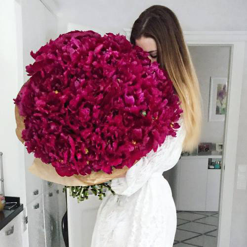 Cute Trendy Wallpapers Cute Pictures Of Pretty Flower Girls Dp For Social Media