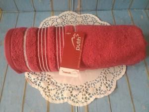 handuk merah putih