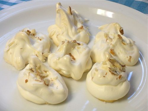 Almond Meringues-Duo Dishes