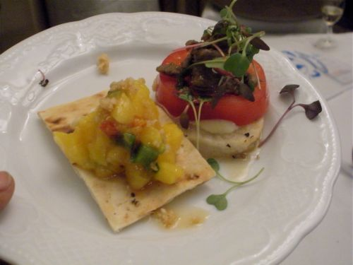 Mango goat cheese crackers-Duo Dishes