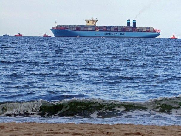 maersk-port-gdansk-dct-pomorskie-polska-kontenerowiec-Mc-Kinney-Moller-rejs-dziewiczy-kontenery
