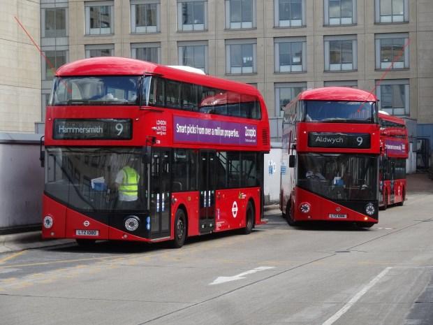 Czerwone autobusy w LOndynie