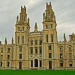 Największe atrakcje w Oksfordzie – college