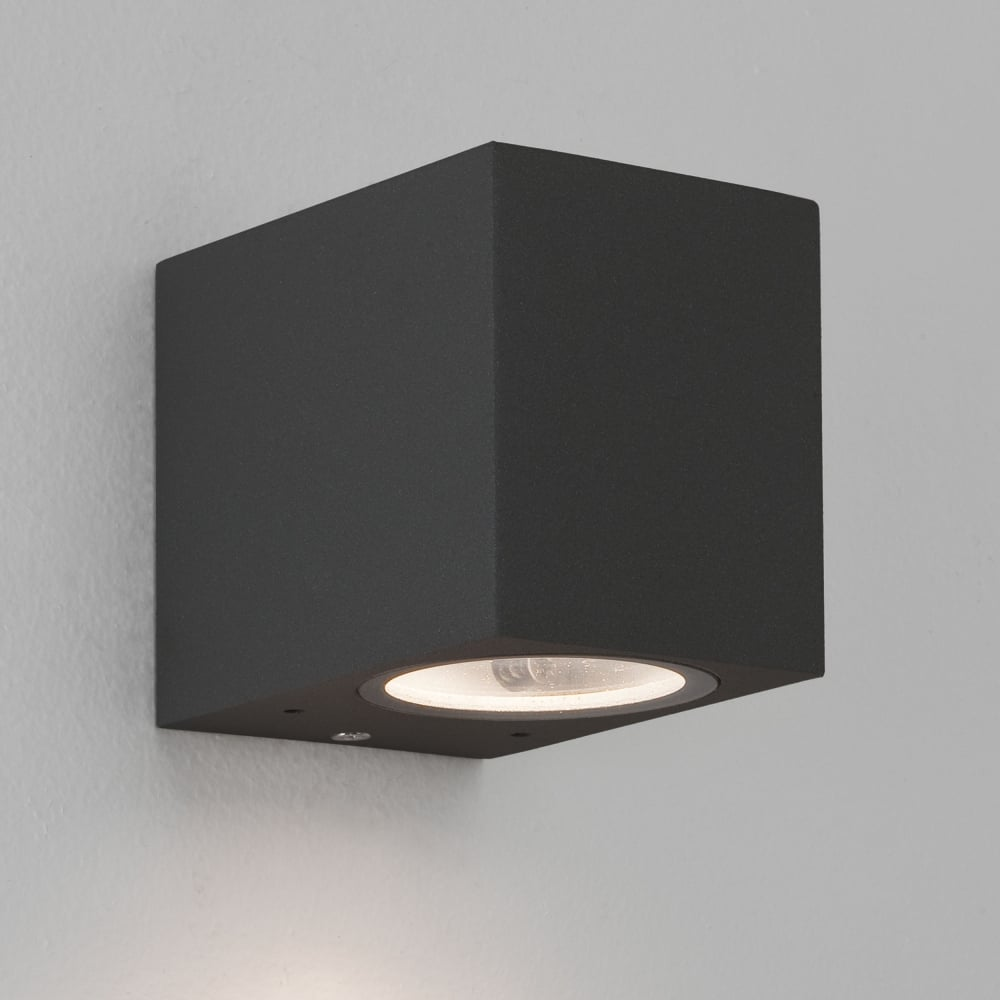 Ip44 Lampe Astro Lighting 7126 Chios 80 Exterior Ip44 Wall Light In Black