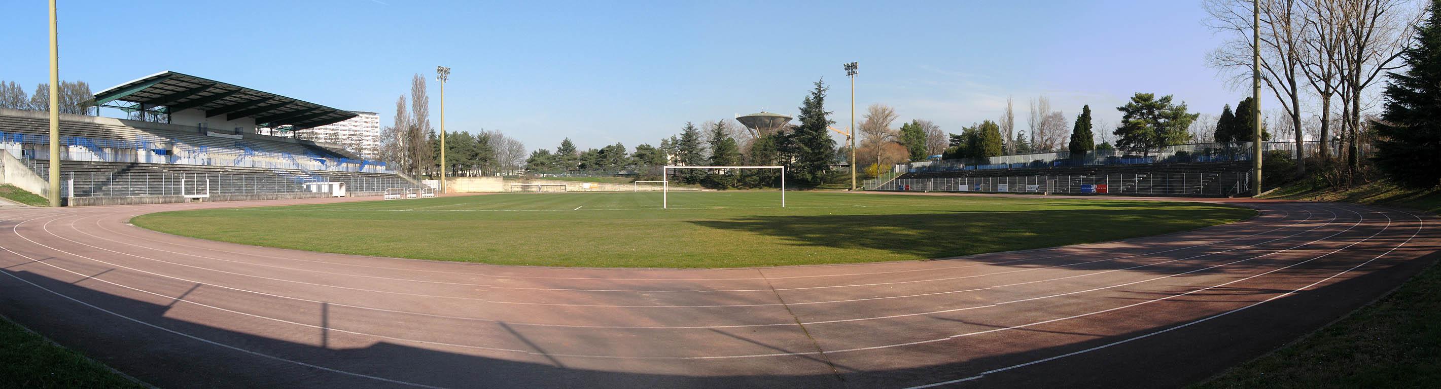 Stade de la Duchère au Plateau (Lyon 9ème)