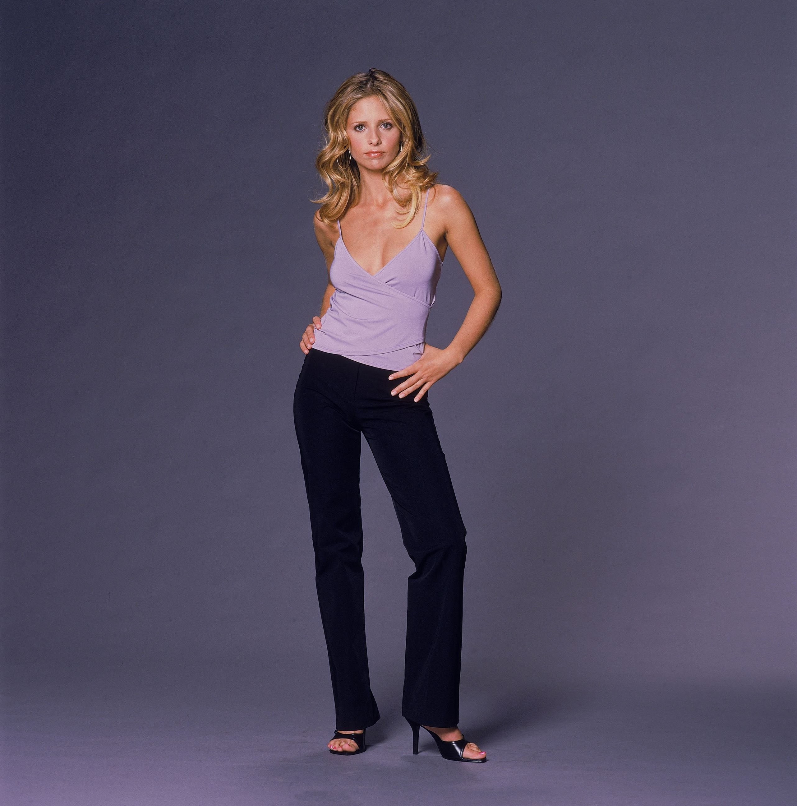 Wallpapers For 11 Year Old Girls Buffy The Vampire Slayer Gallery 9 10 Dvdbash