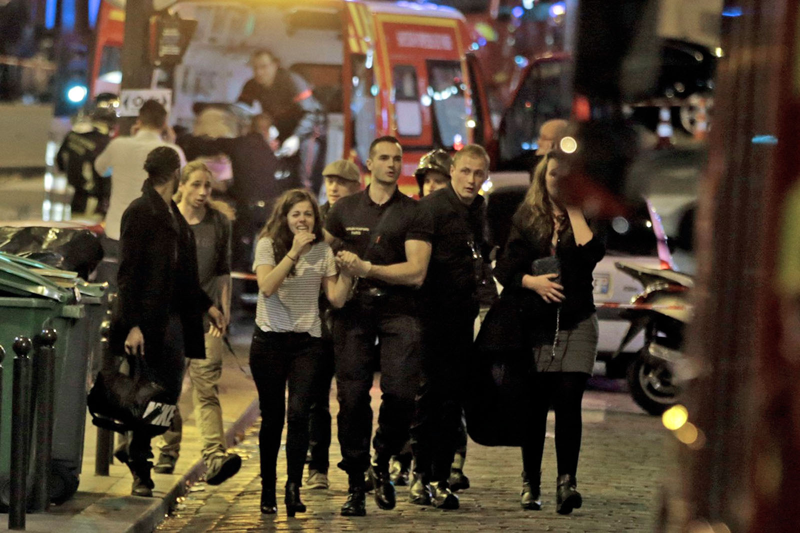Black Friday In Germany Paris Terror Attacks Kill 128 People, France Is Under A