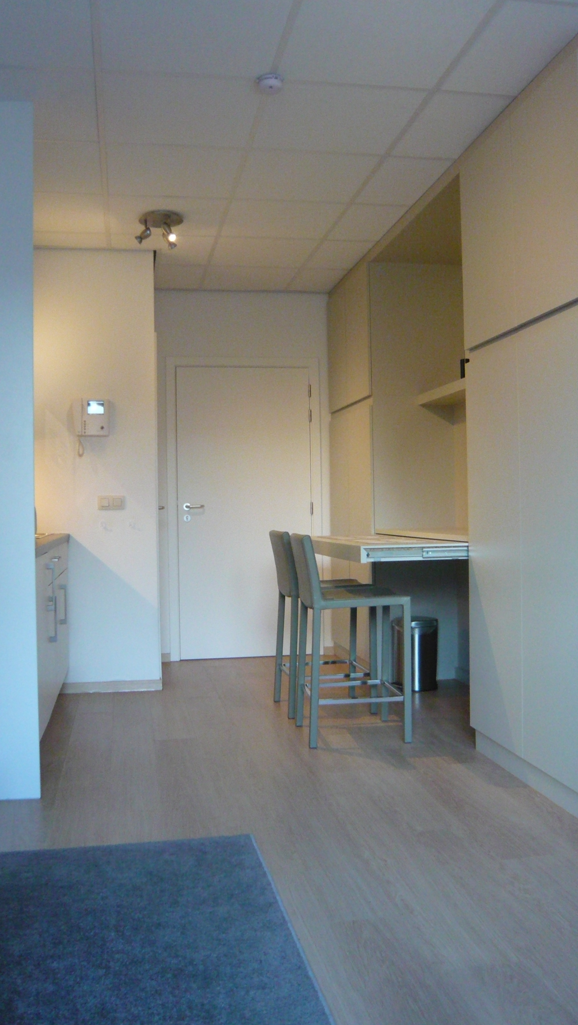 Eetkamer Set Outlet Fully Furnished And Quiet 36m² Studio Centre Brussels Apartment