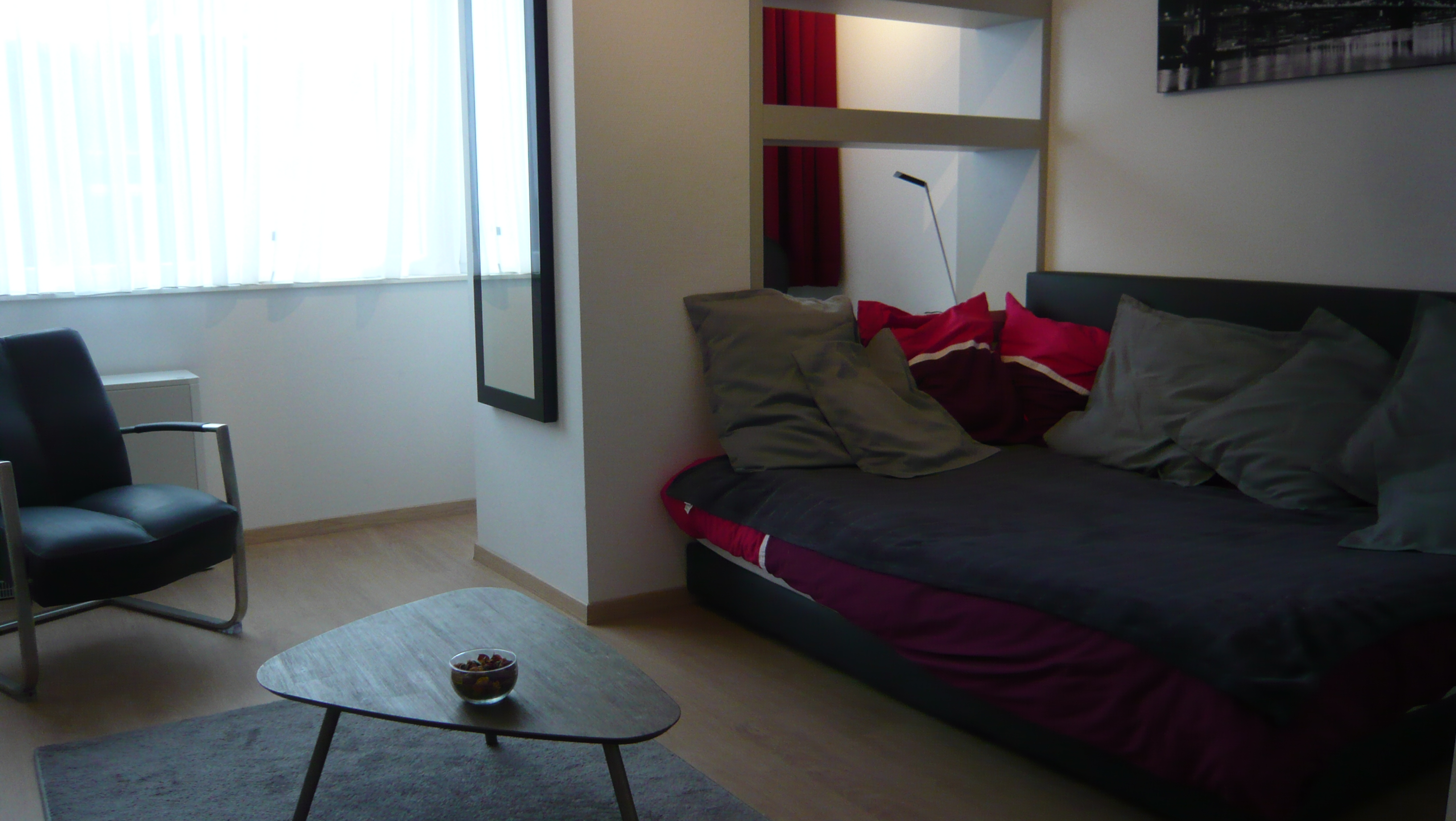 Tv Slaapkamer Telenet Fully Furnished And Quiet 36m² Studio Centre Brussels Apartment