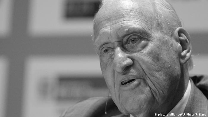 El brasiliano Joao Havelange, expresidente de la FIFA y maestro de Blatter, ambos acusados de corrupción.