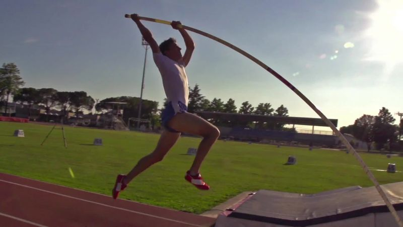 How Do You Ensure Track Runners Go an Equal Distance? Math! WIRED