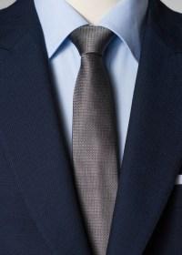 Silk tie in gray