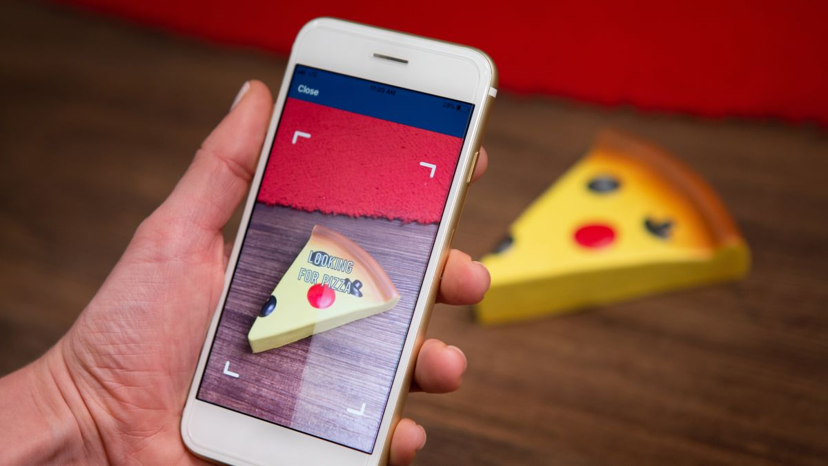 Dominos Domino S Lets Customers Earn Rewards For Buying From
