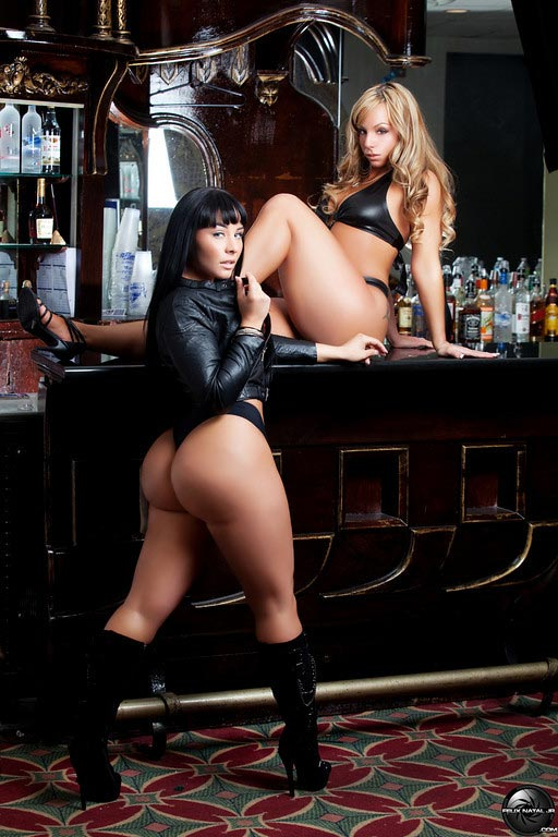 Ashley Logan and Joanna Shari: Double Up - courtesy of Felix Natal Jr.