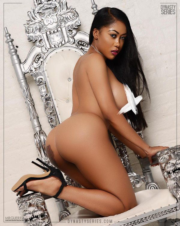 Moriah Mills: More of Peaches and Cream - Jose Guerra