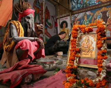 incredible-india-photographs-varanasi-01