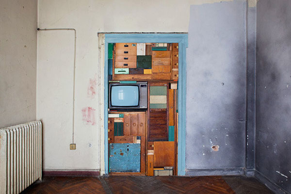 colorful-furniture-unit-arrangement-by-michael-johansson-4