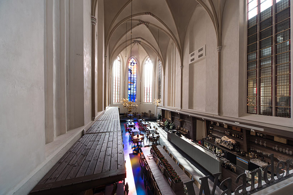 broerenkerk-church-transformed-into-a-bookstore-zwolle-netherlands-011