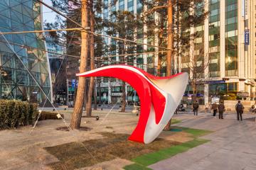 interactive-sculpture-seoul-yobosayo-03