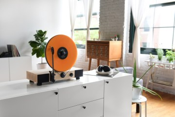 Floating record player by Gramovox - 01