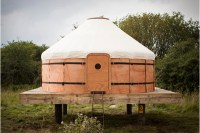 Wooden tent inspired by a traditional yurt - DZine Trip