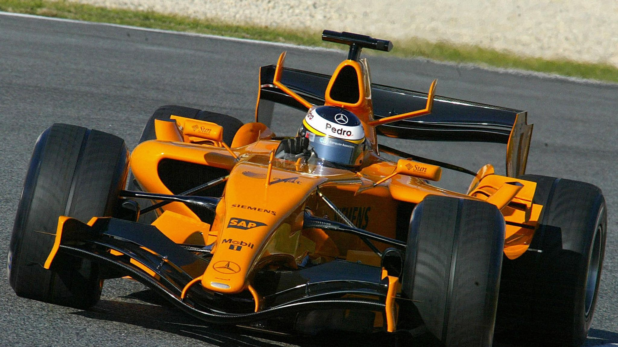 Mobil Libre Mclaren Drop Another Orange Hint As Staff Shake Up Is Explained