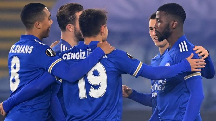 Kelechi Iheanacho celebrates with Leicester City team-mates after putting them 2-0 up against Braga