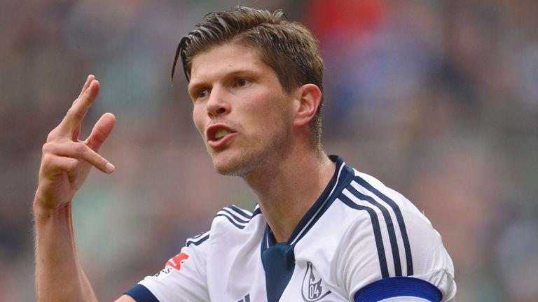 Bundesliga Schalke S Klaas Jan Huntelaar In No Rush For