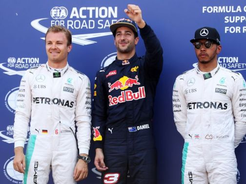 Hamilton (r) cut a dejected figure alongside Ricciardo