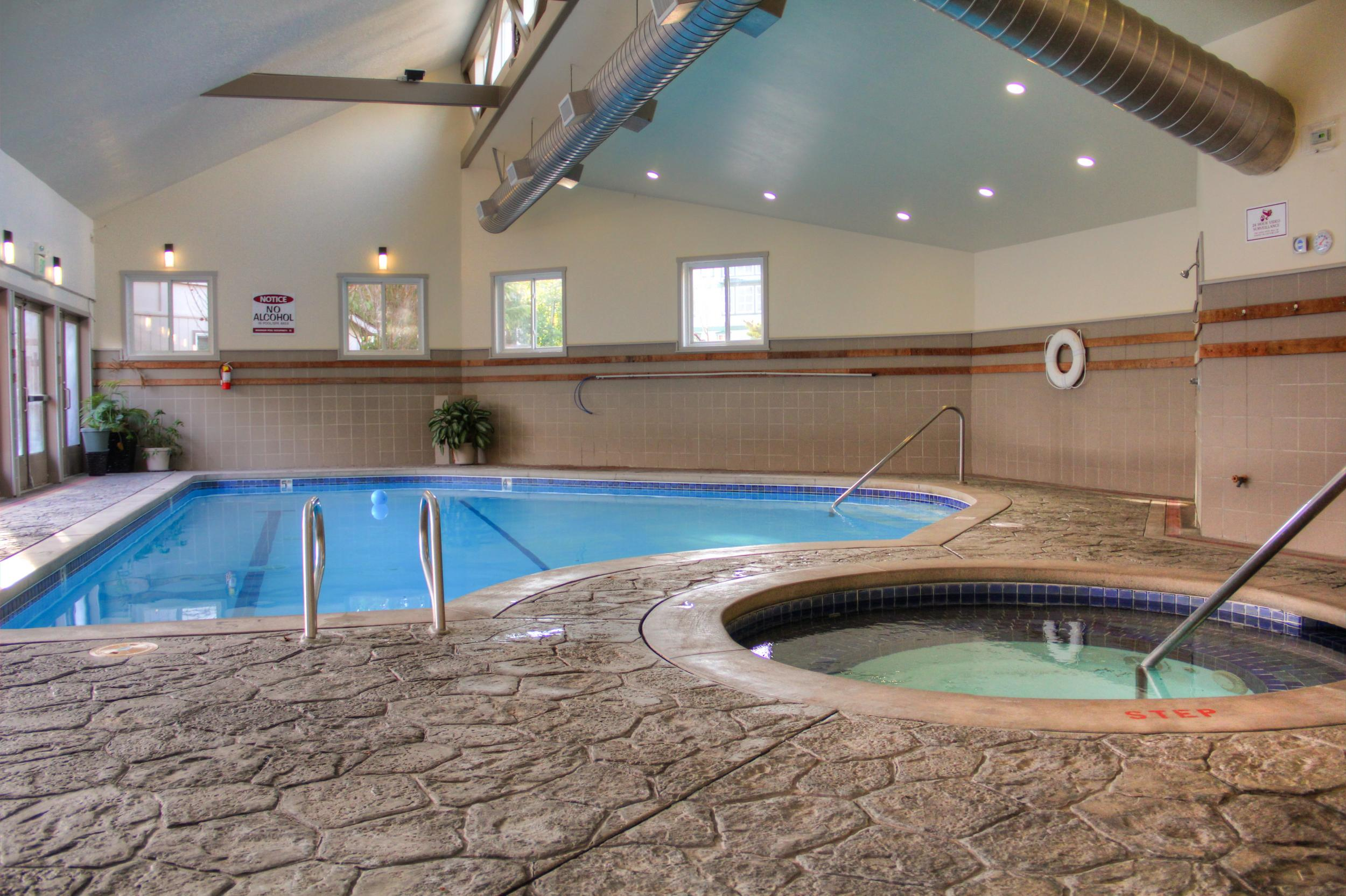 Jacuzzi In The Pool San Juan Island Hotel With An Indoor Pool Friday Harbor